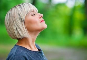diaphragmatic-breathing-benefit-proper-exercise-technique-a9b53189b349b000804e1415bb11b5f0_1