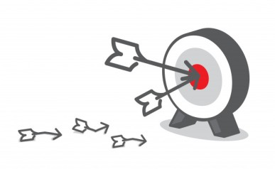 la-flecha-golpea-el-objetivo-rojo-en-el-tablero-de-dardos-el-concepto-de-negocio-la-fijacion-de-objetivos_7189-46